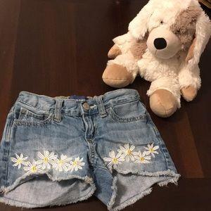 Old navy daisy shorts